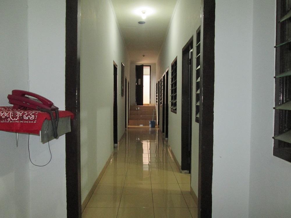 Lorong/koridor dalam