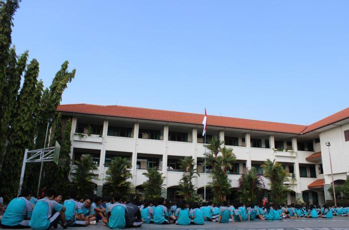SMA FRANSISKUS Bandar Lampung