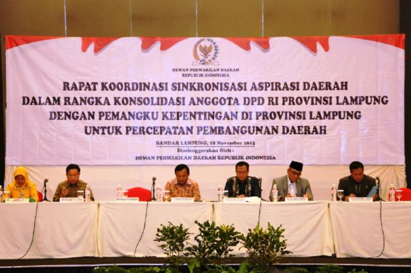 Kunjungan Kerja DPD RI dalam rangka Rapat Koordinasi Sinkronisasi Aspirasi Daerah dalam rangka Konsolidasi Anggota DPD RI dengan para pemangku kepentingan di Provinsi Lampung Rabu  (17/11) di Ball Room Novotel, Bandar Lampung.