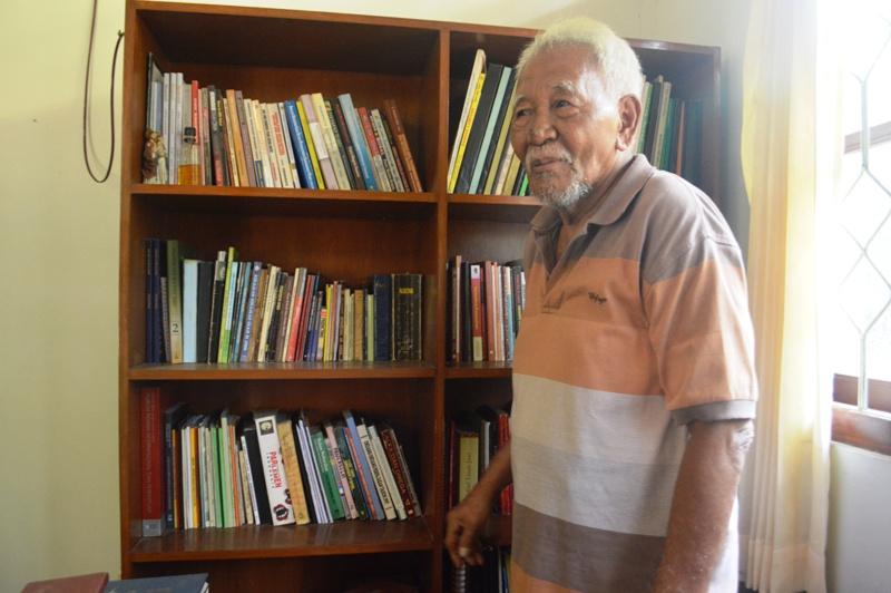 Bonifasius Sarjono (80) Anggota Dewan Perwakilan Rakyat Daerah (DPRD) Provinsi Lampung dari Fraksi PDIP Perjuangan Komisi E periode 1999-2002.