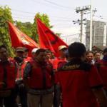 Buruh Datangi Kantor Disnaker Lampung