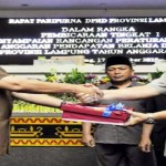 Ini Raperda APBD Tahun 2016 yang disampaikan Pemprov Lampung