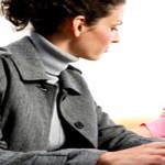 Tantangan Ibu Bekerja dan Cara Mengatasinya