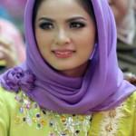 Ketua TP PKK Lampung, Buka Lomba Kesrak PKK-KB di Pesisir Barat