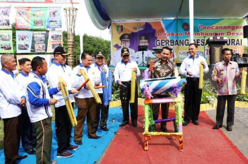 Gubernur Lampung M. Ridho Ficardo hari ini (17/12) saat melaunching Program Gerakan Membangun (Gerbang) Desa Saburai, di Desa Gedung Harapan, Kecamatan Jati Agung, Kabupaten Lampung Selatan.