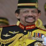 Sultan Brunei Ancam Penjarakan Muslim yang Rayakan Natal