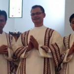 Tiga Diakon Baru Ditahbiskan