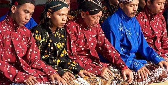 Sejarah Asal Usul Suku Jawa di Indonesia