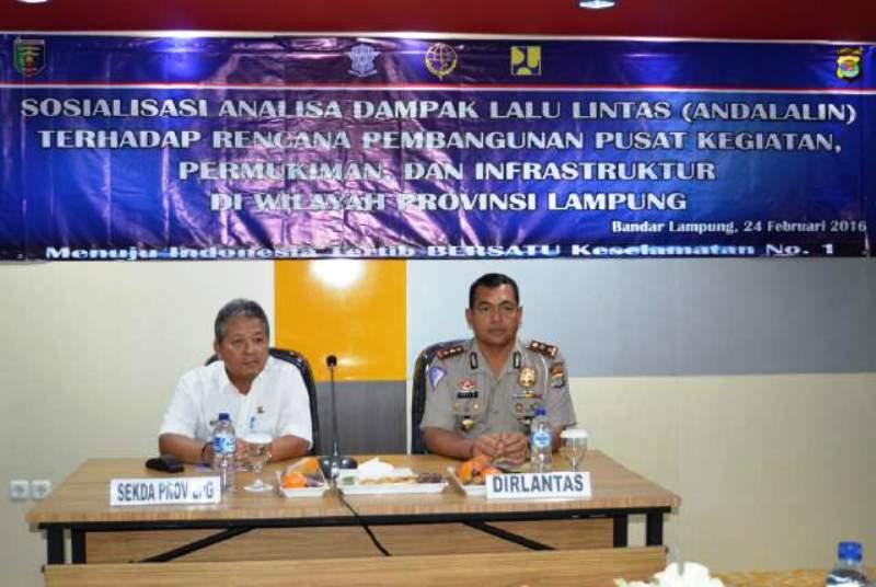 Sosialisasi Analisa Dampak Lalu Lintas (ANDALIN) di Hotel Grand Praba Bandar Lampung, Rabu (24/2).