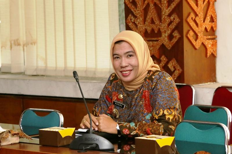 Kepala Biro Humas dan Protokol Bayana.