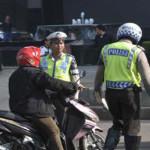 Operasi Simpatik Polres Mesuji Lampung Bagikan Helm