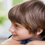 Wajib Dilakukan Orangtua ketika Anak Sulit Berteman