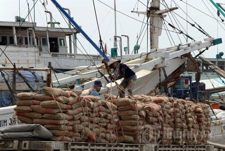 20140811_184222_aktivitas-bongkar-muat-di-pelabuhan-sunda-kelapa