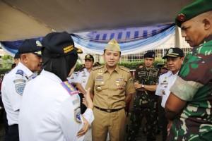 Gubernur Lampung Ridho Ficardo pada acara apel gelar pasukan angkutan lebaran terpadu 2016, di Lapangan KORPRI, Bandar Lampung, Selasa sore 28 Juni 2016. Foto : Tim Media M. Ridho Ficardo