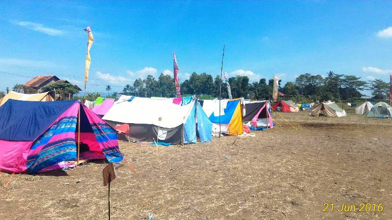 Tenda-tenda para peserta Kemah SEKAMI di Srasi Margo Lestari. Paroki Margo Agung Lampung Selatan. Foto : Maria Torra