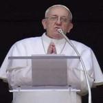 Paus Berdoa Bagi Korban Teror Bom