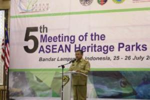 SUTONO BUKA ASEAN HERITAGE PARKS KE-5 2