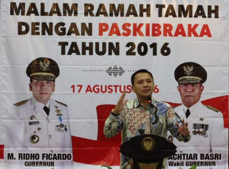 Gubernur Lampung M Ridho Ficardo pada malam Ramah Tamah dengan Paskibraka Provinsi Lampung di Aula Mahan Agung, Teluk Betung, semalam Rabu 17 Agustus 2016.