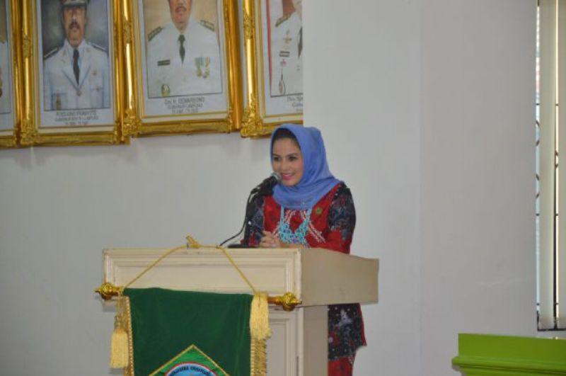 Penasehat Badan Kerjasama Organisasi Wanita (BKOW) Provinsi Lampung Aprilani Yustin Ficardo.