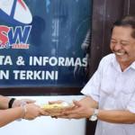 """Delapan Pastor di Keuskupan Tanjungkarang Hadiri """"Tumpengan"""" 43 tahun Radio Suara Wajar"""