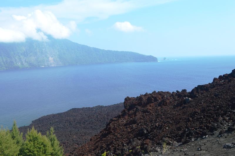 Gunung Anak Krakatau. Foto : Robert