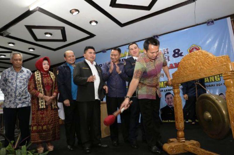 Gubernur Lampung M Ridho Ficardo saat membuka Rapat Kerja Daerah dan Silaturahmi Daerah Karang Taruna Provinsi Lampung.