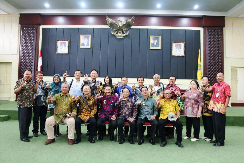 Asisten Bidang Pemerintahan dan Kesra Heri Suliyanto Komisi B DPRD Provinsi Jawa Tengah di Gedung Pusiban, Kamis 09 Maret 2017.