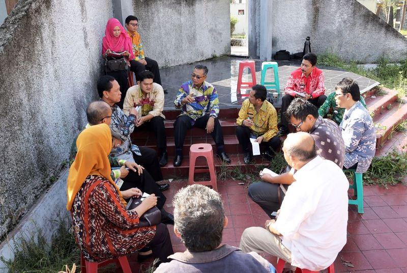 Sekretaris Daerah Provinsi Lampung Sutono ketika melakukan kunjungan ke PKOR, Kamis 09 Maret 2017.