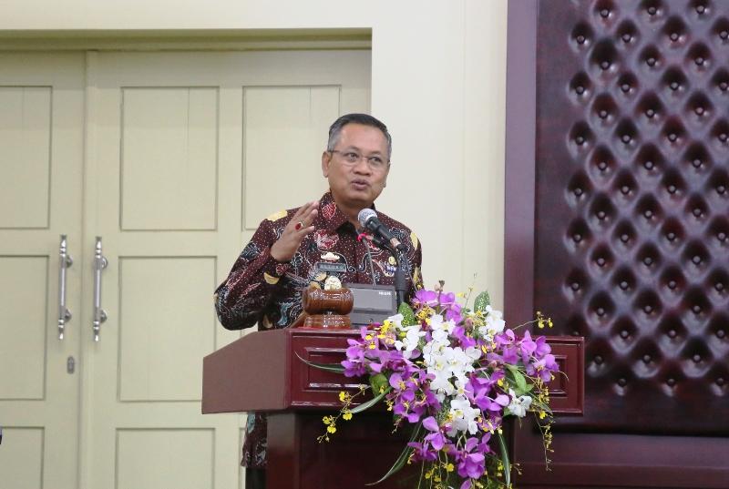 Sekretaris Daerah Provinsi Lampung Sutono