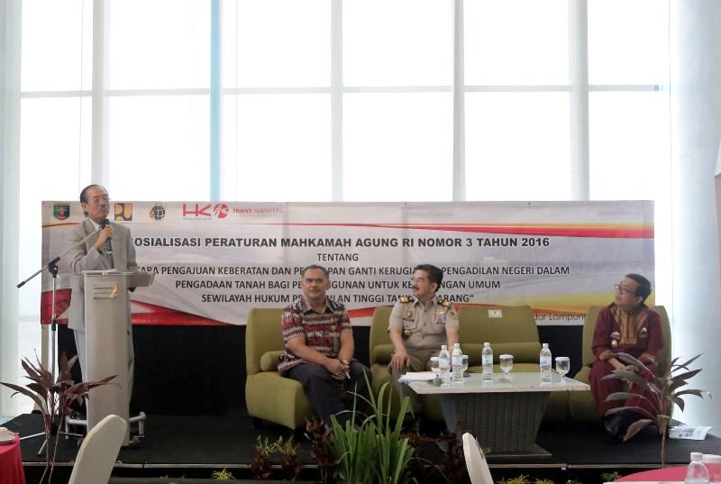 Sosialisasi Peraturan Mahkamah Agung (Perma) RI Nomor 3 Tahun 2016 Tentang Tata Cara Pengajuan Keberatan dan Penitipan Ganti Kerugian di Pengadilan Negeri Dalam Pengadaan Tanah Bagi Pembangunan Untuk Kepentingan Umum di Priemere Lounge Novotel Bandar Lampung, Kamis 23 Maret 2017.