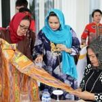 Ketua Dekranasda Yustin Ficardo : Mari Gunakan Batik Lampung