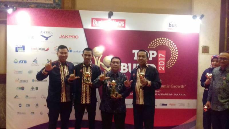 Asisten II Bidang Ekonomi dan Pembangunan Adeham (dua dari kiri) di Rafflesia Grand Ballroom, Balai Kartini, Jakarta, Rabu 24 Mei 2017.