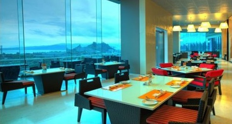 The Square Restaurant Novotel Lampung.