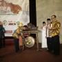 Gubernur Lampung M. Ridho Ficardo membuka secara resmi Seminar Pancasila Bersama Ketua MPR RI Dr.H. Zulkifli Hadan, S.E., M.M di Gedung Serba Guna Universitas Lampung, Jumat 16 Juni 2017 sore.