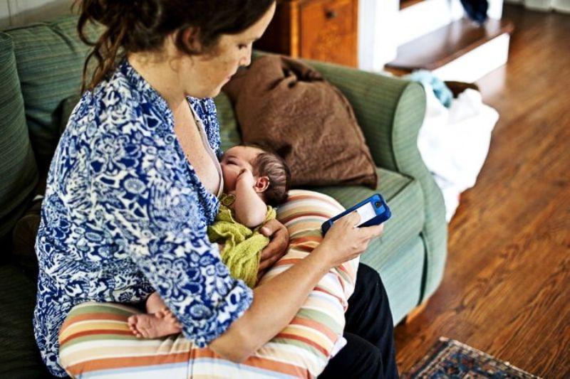 Menghambat perkembangan anak menjadi bahaya gadget bagi bayi | The Sun.co.uk