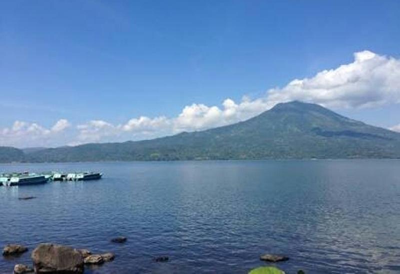 Danau Ranau.