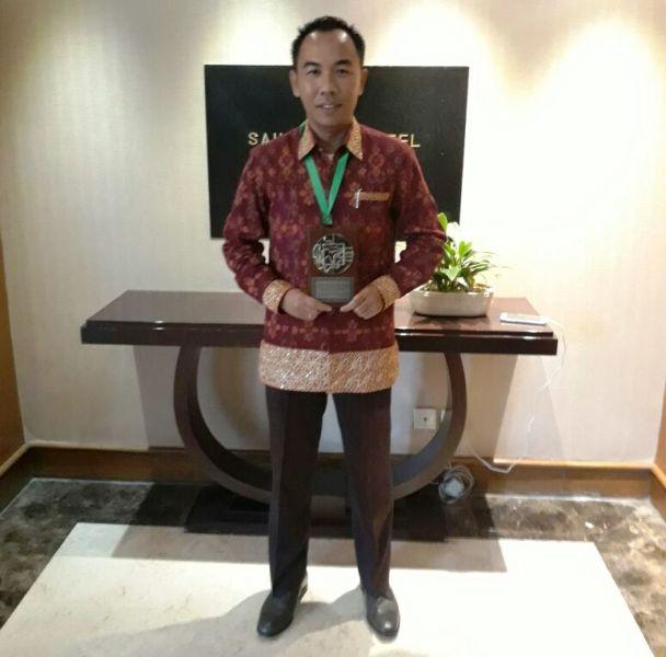 Bupati Way Kanan Raden Adipati Surya di Hotel Grand Sahid Jaya, Jakarta usai menerima penghargaan TPID pendatang baru terbaik 2016