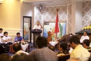 Gubernur Lampung M. Ridho Ficardo di Ruang Rapat Utama Gubernur, Rabu 26 Juli 2017