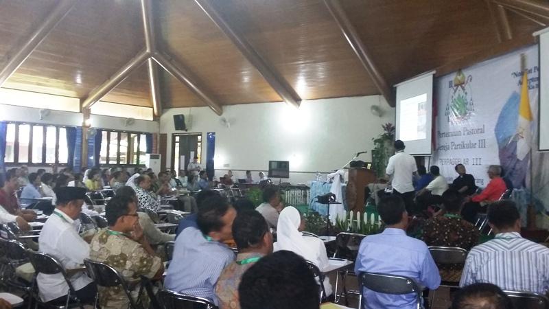 Pertemuan Pastoral Gereja Partikular (Perpasgelar) ke-III Keuskupan Tanjungkarang hari kedua 4 Juli 2017 di rumah retret La Verna, Pringsewu.