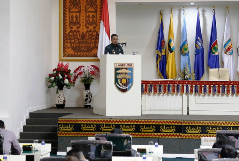 Sekretaris Provinsi Lampung Sutono di Ruang Sidang Kantor DPRD Provinsi Lampung, Senin 31 Juli 2017