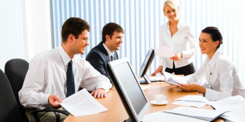 Suasana kantor. Foto : https://www.merdeka.com