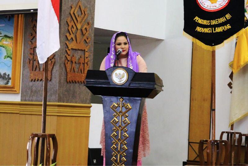 Ketua Tim PKK Provinsi Lampung Yustin Ficardo