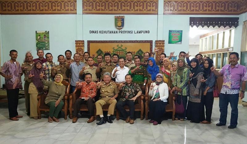 Focus Group Discussion Sertifikasi Kayu Rakyat, Selasa, 8 Agustus 2017 di Ruang Rapat Utama Dinas Kehutanan Provinsi Lampung