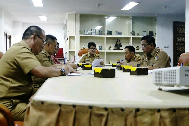 Rapat Koordinasi teknis untuk menggagas Wadah Komunikasi dan Kerja Sama Komitmen Anti Korupsi antara Regulator dan Pelaku Usaha Daerah