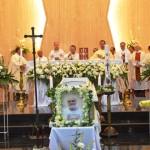 2000-an Umat Katolik Paroki Metro, Berbondong-bondong Beri Penghormatan Terakhir pada Romo Jo
