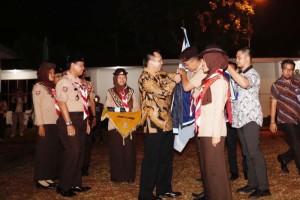 Kamabida Gerakan Pramuka Provinsi Lampung M. Ridho Ficardo saat melepas peserta Raimuna Nasional XI Tahun 2017 di Mahan Agung, Kamis 11 Agustus 2017 malam