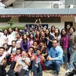 Siwa-siswi SMP dan SMA Yos Sudarso Kota Metro unjuk kemampuan vokal di Radio Suara Wajar
