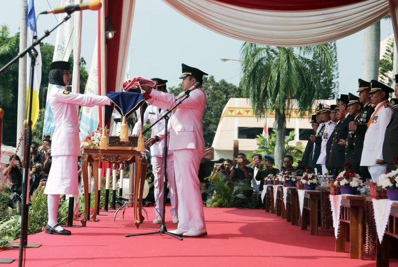 Gubernur Muhammad Ridho Ficardo menjadi Inspektur upacara Hari Ulang Tahun Proklamasi Kemerdekaan ke-72 Republik Indonesia, di  Lapangan Korpri, Kantor Gubernur Lampung, Kamis 17 Agustus 2017