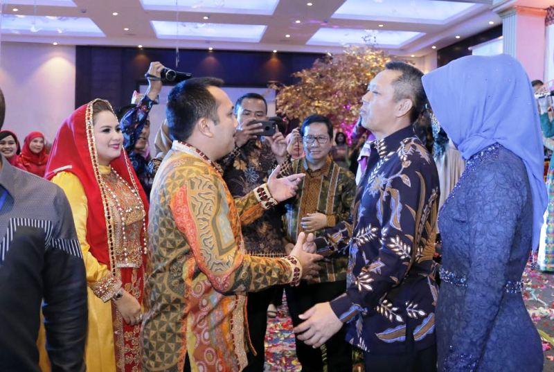 Gubernur saat acara pisah sambut Kapolda dari Irjen Sudjarno ke Irjen Suroso Hadi Siswoyo, di Hotel Sheraton, Bandar Lampung, Kamis 7 September 2017 malam.
