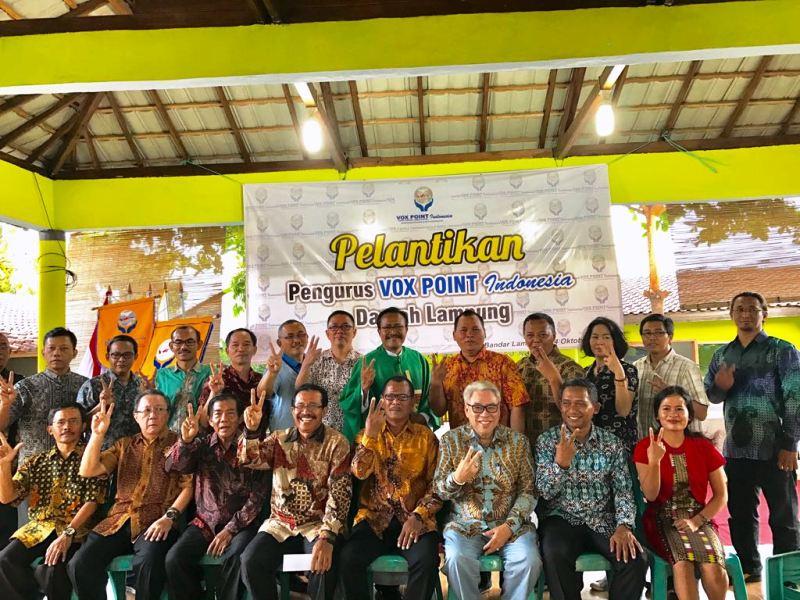 Pastor Moderator RD. Philipus Suroyo bersama Dewan Pimpinan Daerah (DPD) Vox Point Indonesia Daerah Lampung dan Dewan Pimpinan Nasional (DPN) Vox Point Indonesia.